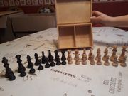 Schachfiguren aus Echtholz inkl Schatulle