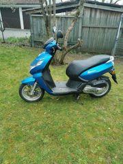 Peugeot Kisbee 4T blau Roller