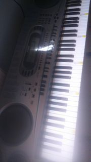 Keyboard casio wk 1800