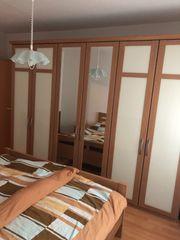 KomplettSchlafzimmer mit Kleiderschrank