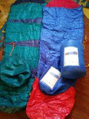 2 unbenutzte Schlafsäcke