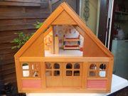 GOKI Puppenhaus aus Holz mit