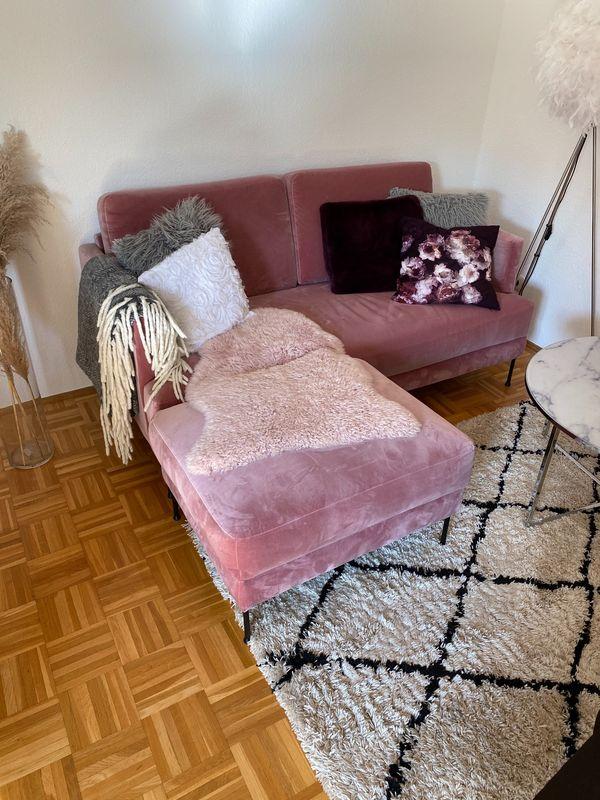 Sofa samt rosa