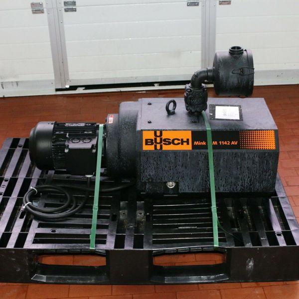 Busch MM-1142 AV Klauen-Vakuumpumpe Trockenlaufend