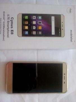 Smartphone Mobistel