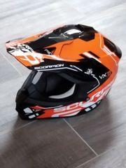 Motorradhelm -Jacke -Hose-Zubehör