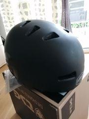 Jugend Fahrrad Helm Marke TSG