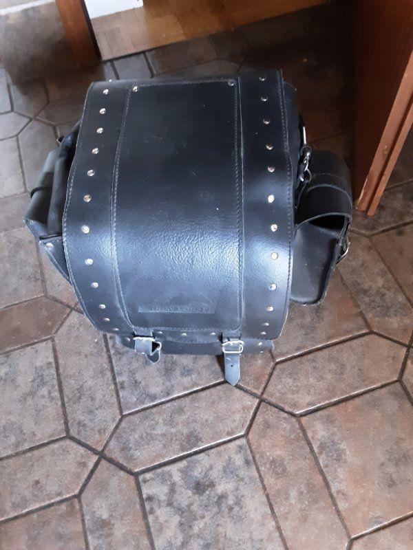 Motorradkoffer aus Leder