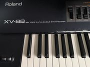 Roland XV-88 Synthesizer - reparaturbedürftig