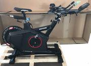 Biketrainer Kettler Racer Heimtrainer neuwertig