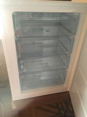 Gefrierschrank und Kühlschrank wenig gelaufen