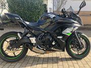 Kawasaki Ninja 650 schwarz Performance
