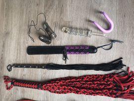 Sexspielzeug - BDSM Bondage Set Peitsche Dildo