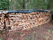 Brennholz mit Lieferung