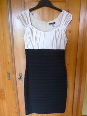 Kleid von Mariposa Gr 36