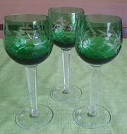 3x grüne Weingläser