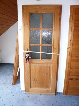 Türen, Zargen, Tore, Alarmanlagen - Tür