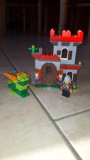 Lego Burg mit Drache