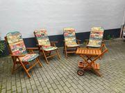 Gartenmöbel aus Holz 4 Stühle