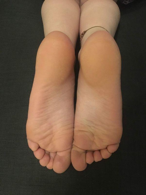 Ich verkaufe meine getragenen Socken