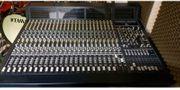 Behringer Eurodesk MX 9000 24-Kanal