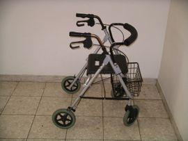Medizinische Hilfsmittel, Rollstühle - Aluminium-Rollator Bischoff Bischoff