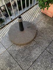 Sonnenschirmständer