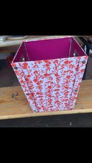 Papierkorb zu verkaufen