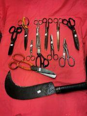 Altes Werkzeug Scheren Haken und