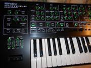 ROLAND System8 plus 3PlugOuts