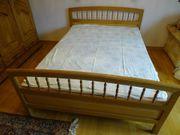 Stabiles Vollholz Bett 140 cm