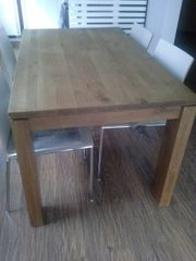 Esstisch aus Holz von Hom