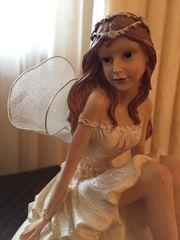 Engel auf der Kugel Deko