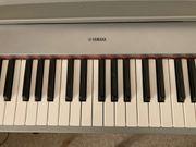 Yamaha piaggero NP-31S e piano