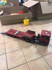 Lastwagen LKW mit Ahnhänger