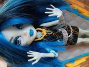 Monster High Frankie mit Ladestation