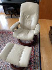 Stressles Sessel mit Fußteil