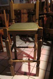 Hocker Stühle mit Rückenlehne aus