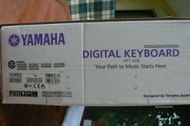 Keyboard YPT-200 von Yamaha: Kleinanzeigen aus Eggenstein-Leopoldshafen - Rubrik Keyboards