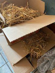 2 Kartons Stroh