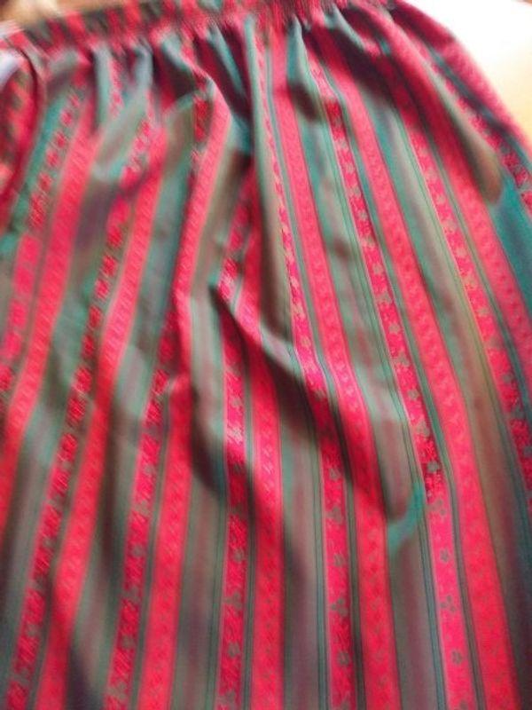 Rot Grüne Dirndl Schürze inklusive