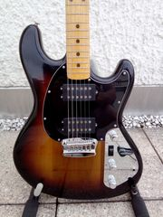 MUSIC MAN STINGRAY II GITARRE