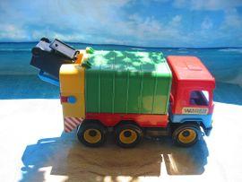 Sonstiges Kinderspielzeug - Wader- DickieToy- Construction- Bau-LKWs Bunte