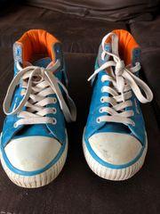 Schuhe in Größe 37