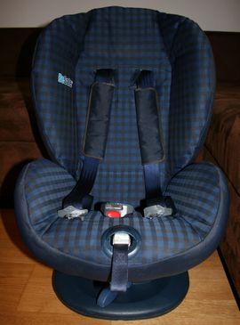 BeSafe Autokindersitz iZi Comfort blau: Kleinanzeigen aus München Moosach - Rubrik Autositze