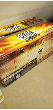 Guitar Hero World Tour Bundle