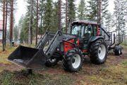 2001 Valtra 900 mit Frontlader