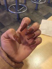 sehr schöne Nägel Hand