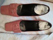 Schuhe in leder
