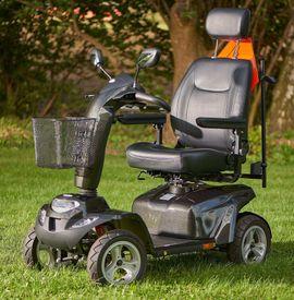 Medizinische Hilfsmittel, Rollstühle - Elektro Scooter ST5D TOP E-Mobil